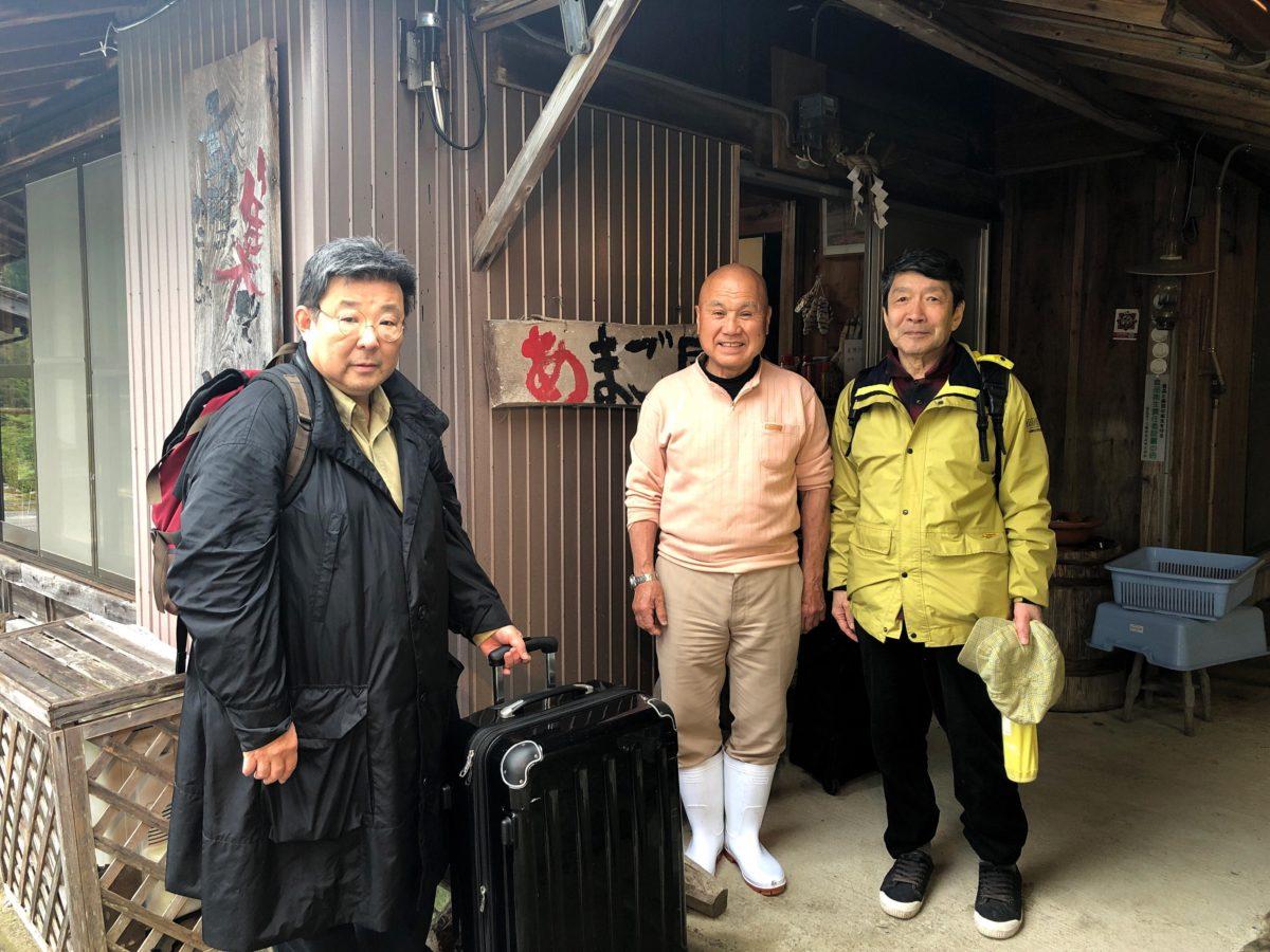 2019年熊野市赤倉民泊あかくらにて北井さん、石井さん、中平さん