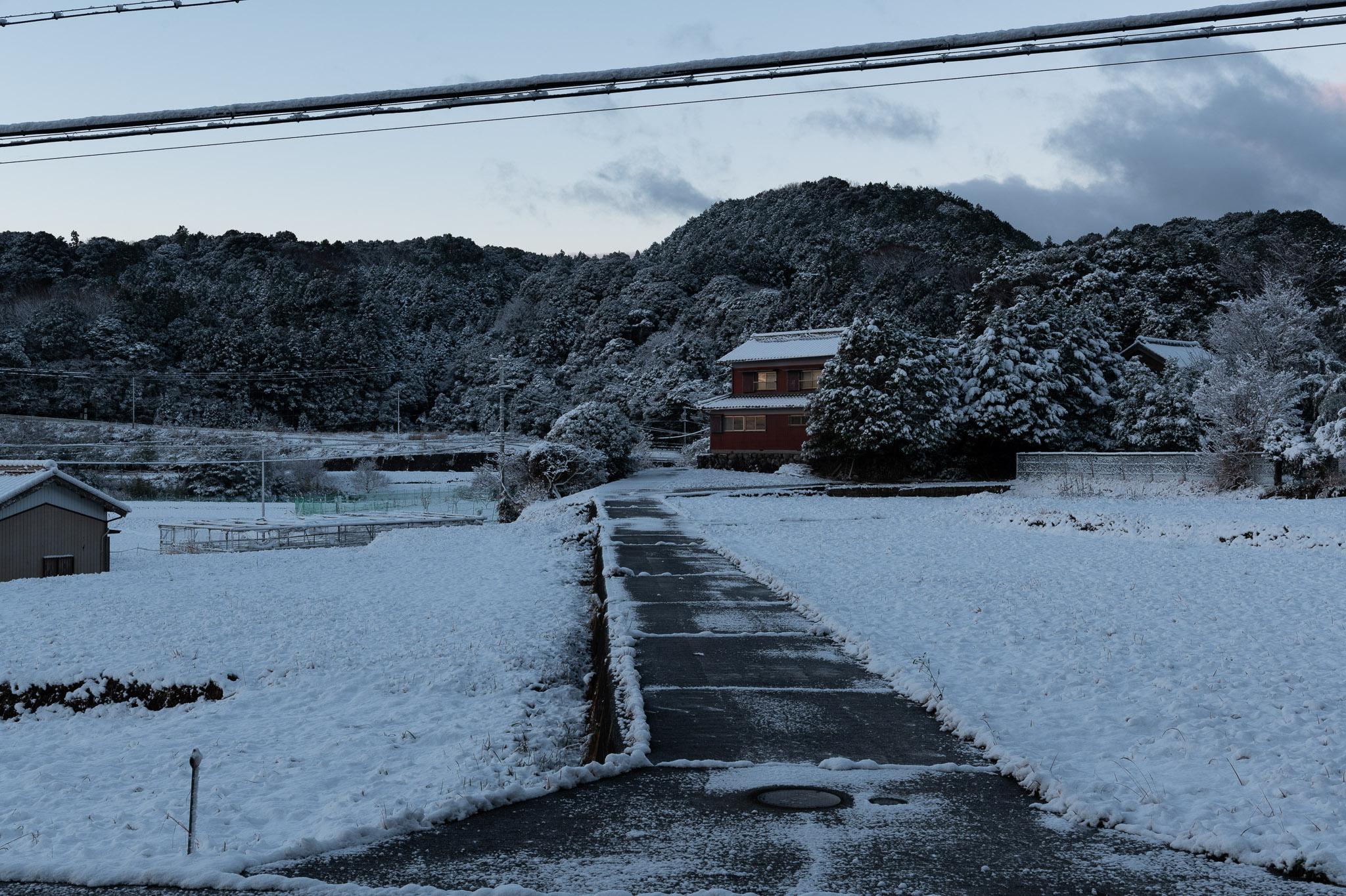 2020.12.31三重県津市美里町朝、雪